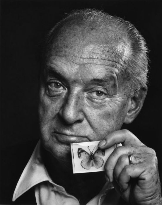 yousuf karsh Remembering yousuf karsh a portrait photographer immortalized by his outstanding work.