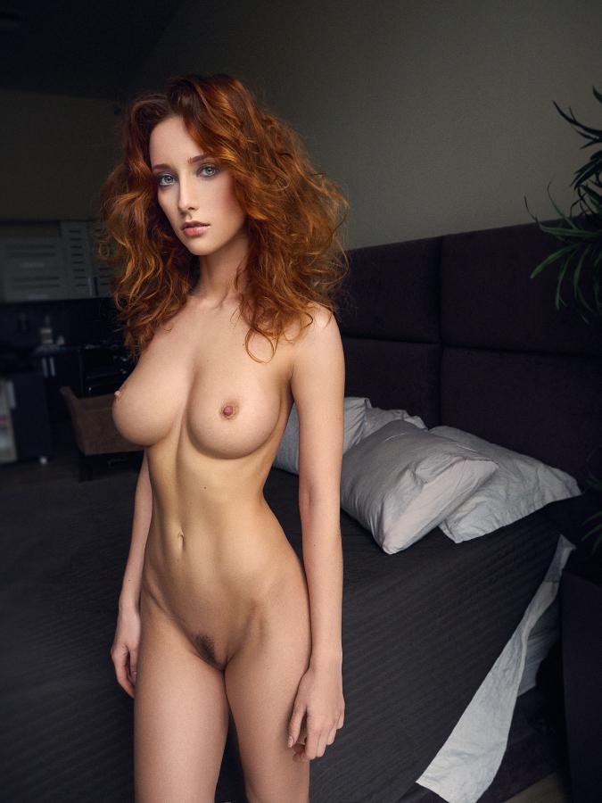 2 sexy babes amp a strapon cam 2