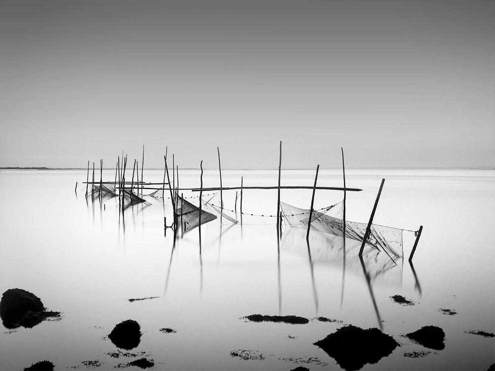 fishing_nets_and_rocks